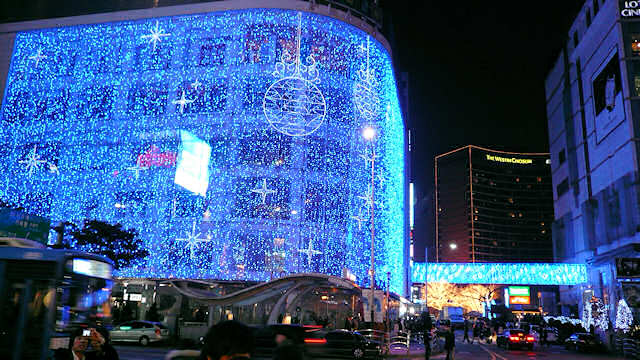 Christmas Eve in MyungDong Seoul